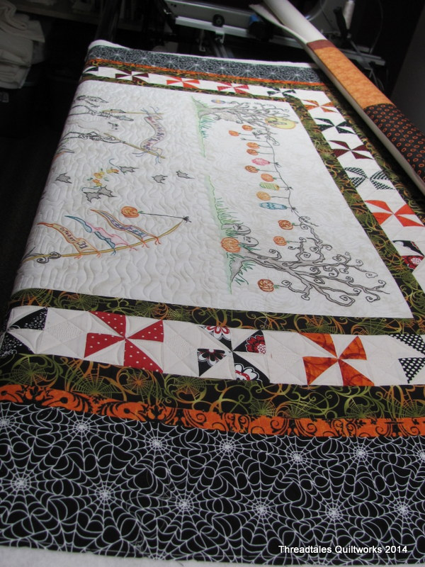 Halloween in the studio | Threadtales - The stuff of Life (and ... : crabapple hill quilts - Adamdwight.com