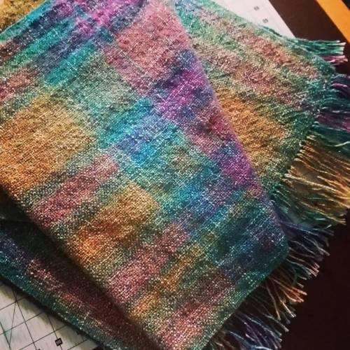 Prism shawl